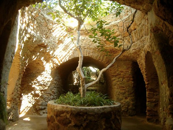 Curious Places The Forestiere Underground Gardens Fresno California