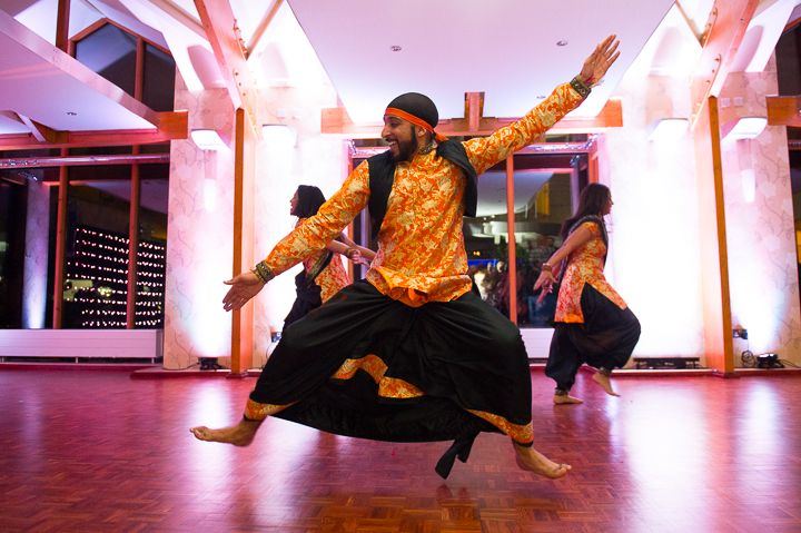Bhangra wedding dancers