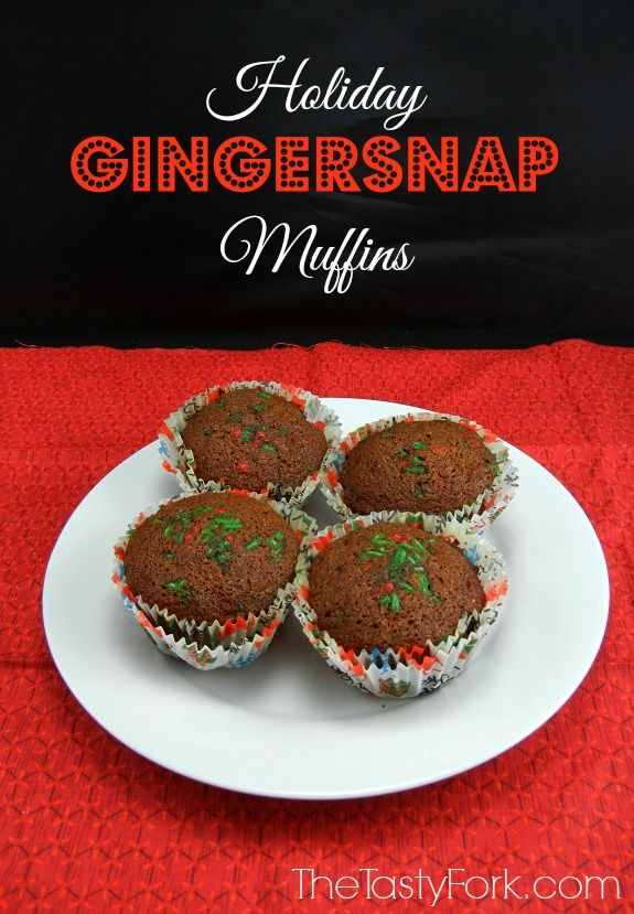 Holiday Gingersnap Muffins I www.thetastyfork.com  #PAMSmartTips #ad