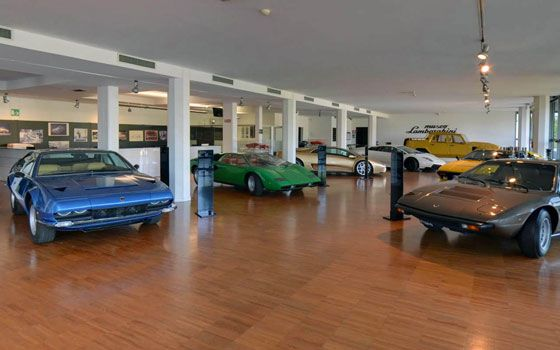 Museo Lamborghini at Google Street View