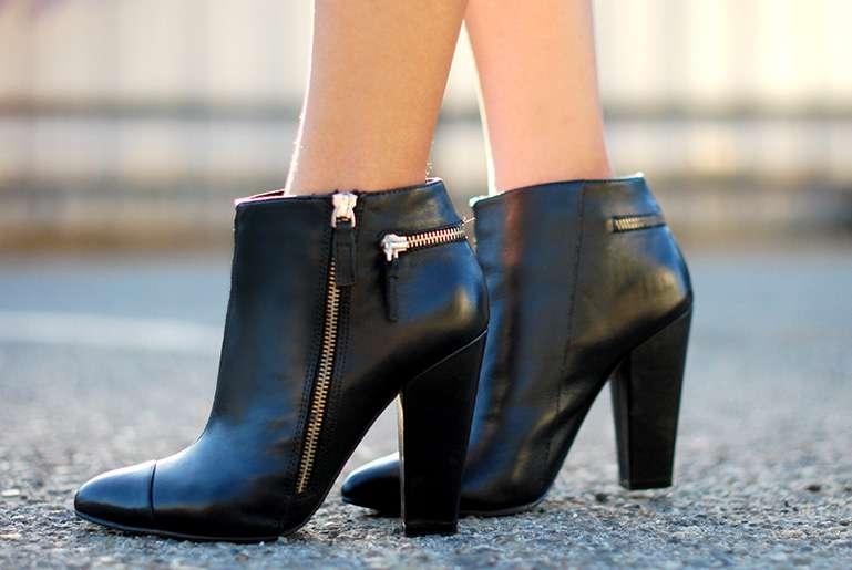 aldo black booties