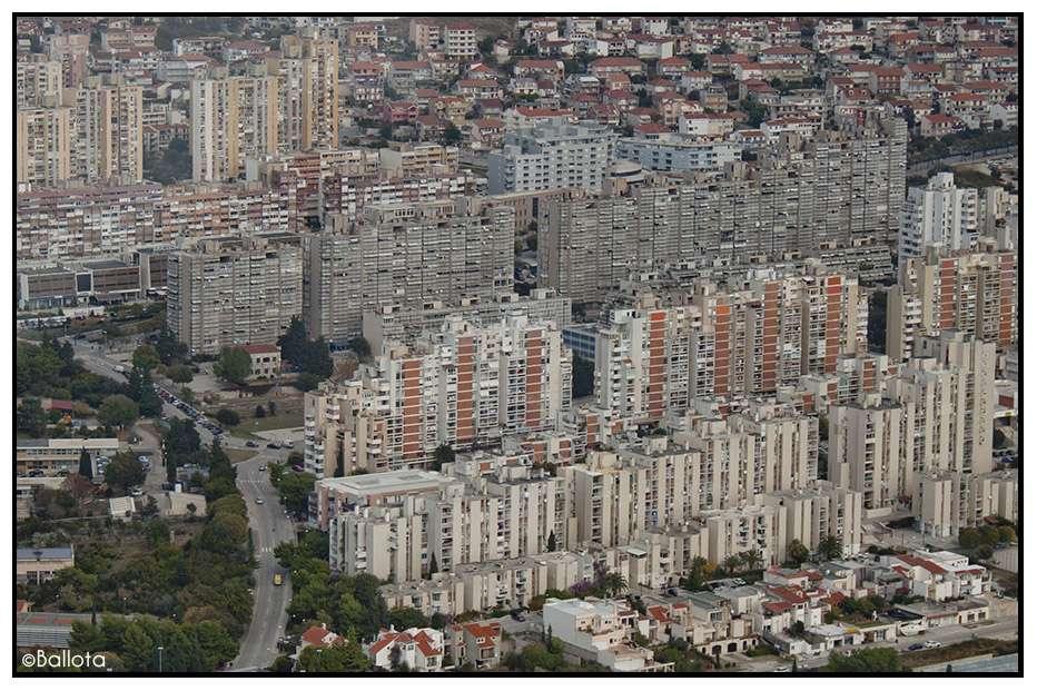 Croatia commieblocks page 2 skyscrapercity for Splity 3 en 1