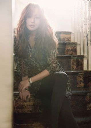 jlook with kim hee sun in london updated couch kimchi