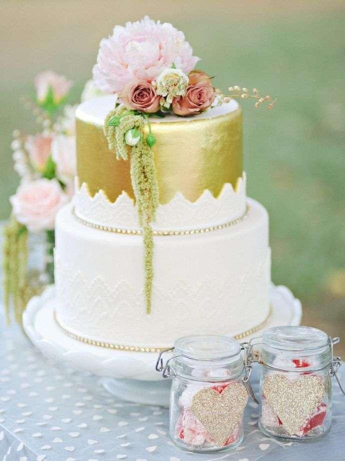 0cef احلى صور تورتات للزواج باشكال خيالية 2014