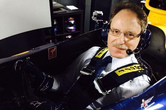 Johan De Nysschen in the Infiniti Red Bull F1 Simulator