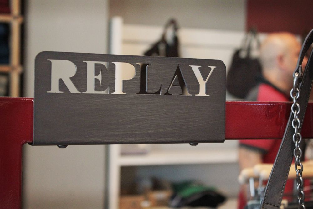 Replay store la reggia outlet