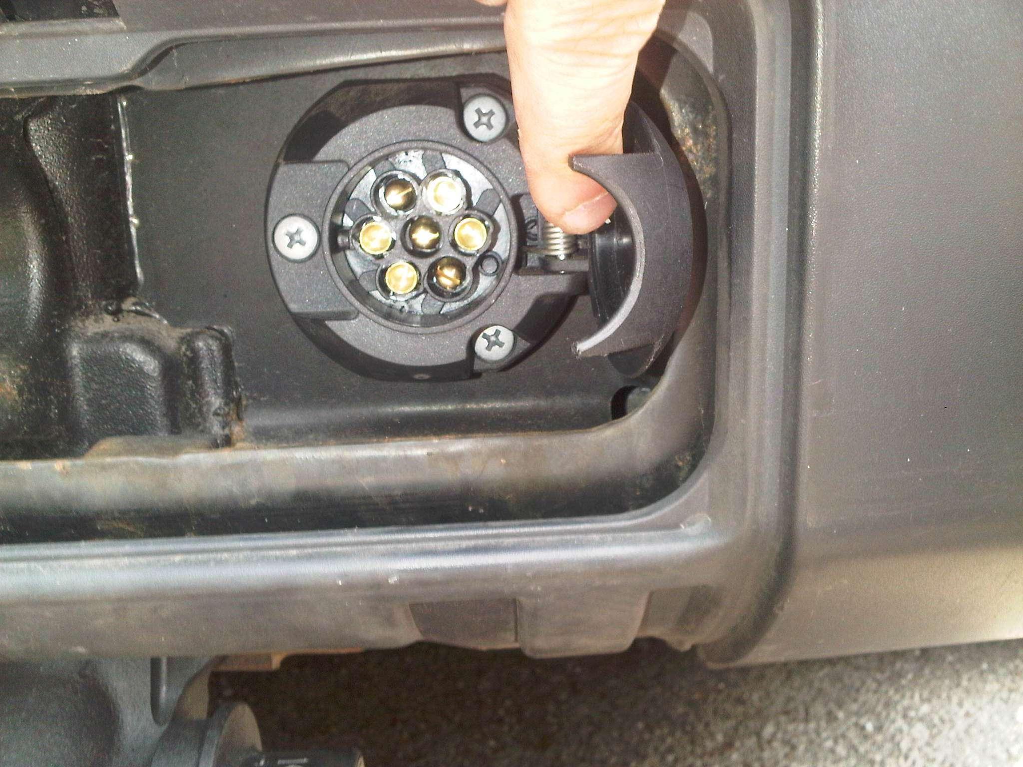 Schema Cablaggio Spina 7 Poli : Disco view topic trainare un carrello porta auto