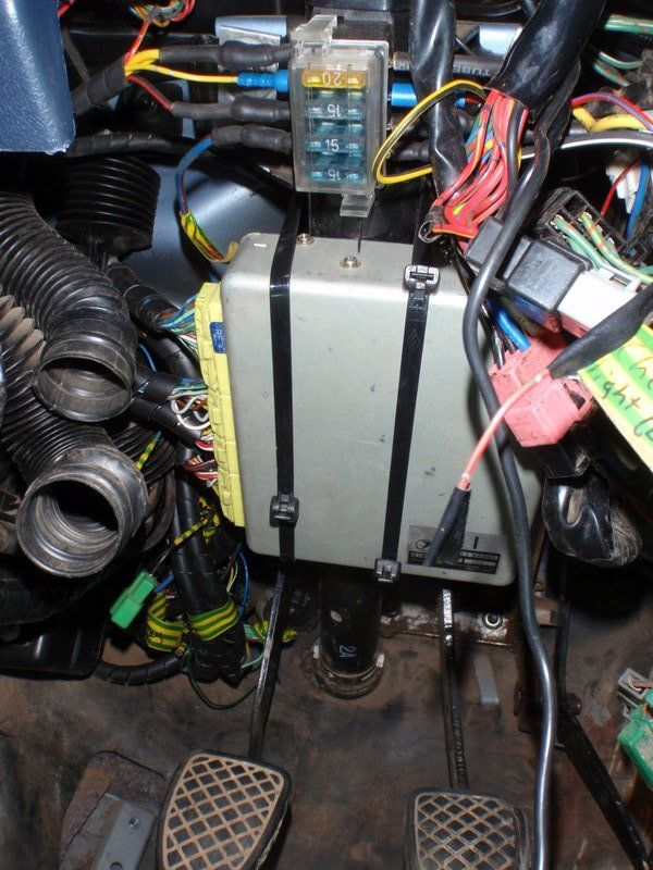 P on Subaru Gl Fuse Box