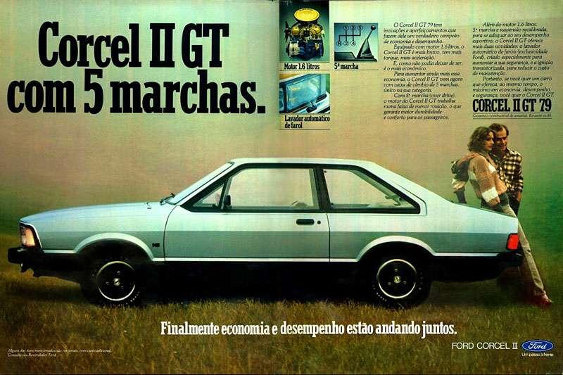 Ford Corcel II GT 1979 com cinco marchas. Finalmente economia e desempenho estão andando juntos. Corcel II GT com 5 marchas. Motor 1.6 litros 5 marcha Lavador automatico de farol O Corcel II GT 79 tem inovações e aperfeiçoamentos que fazem dele um verdadeiro campeão de economia e desempenho. Equipado com motor 1.6 1itros, o Corcel II GT é mais bravo, tem mais torque, mais aceleração. E, como não podia deixar de ser, é o mais econômico. Para aumentar ainda mais essa economia, o Corcel II GT vem agora com caixa de câmbio de 5 marchas, único na sua categoria. Com quinta marcha (over drive), o motor do Corcel II GT trabalha numa faixa de menor rotação, o que garante maior durabilidade e conforto para os passageiros. Além do motor 1.6 litros, quinta marcha e suspensão recalibrada, para se adequar ao seu desempenho esportivo, o Corcel II GT oferece mais duas novidades: o lavador automático de faróis (exclusividade Ford), criado especialmente para aumentar a sua segurança, e a ignição transistorizada, para reduzir o custo de manutenção. Portanto, se você quer um carro que ofereça, ao mesmo tempo, o máximo em economia, desempenho e segurança, você quer o Corcel II GT. CORCEL 11 GT 79. Finalmente economia e desempenho estão andando juntos. Ford. Um passo à frente.