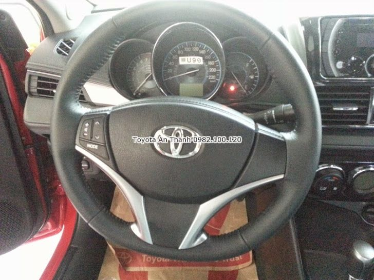 Gia xe Toyota Vios E 2015 So San Trang nha tien nghi