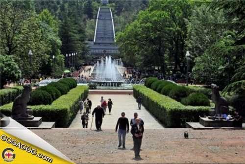 ოლიმპიური ფესტივალის გახსნის ცერემონიალი ვაკის პარკში დამონტაჟებულ მონიტორზე გავა