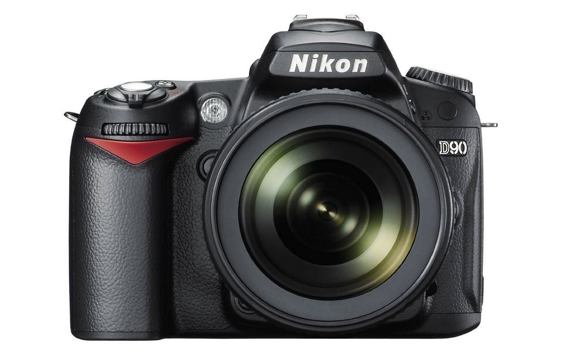 Nikon D90 12.3MP Digital SLR Camera