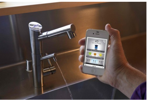 Smart faucet with filter | Stratus by Zuvo