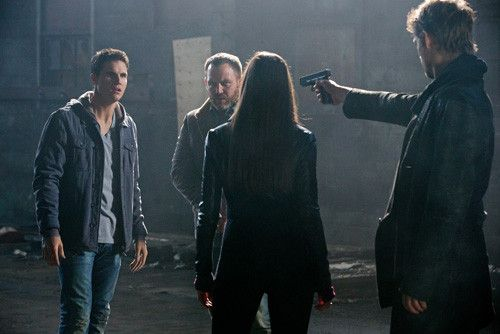 The Tomorrow People Season 1 (2013)