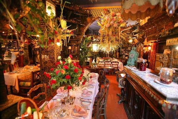 Curious places flower restaurant mas proven al ze france for Le mas provencal eze