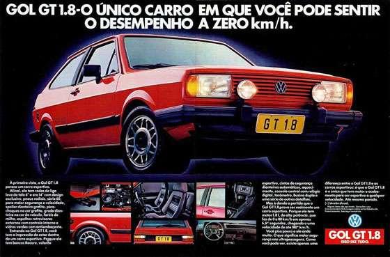 Gol GT 1.8. O único carro em que você pode sentir o desempenho a zero km/h. À primeira vista. o Gol GT 1.8 parece um carro esportivo. Afinal, ele tem rodas de liga leve de tala 6