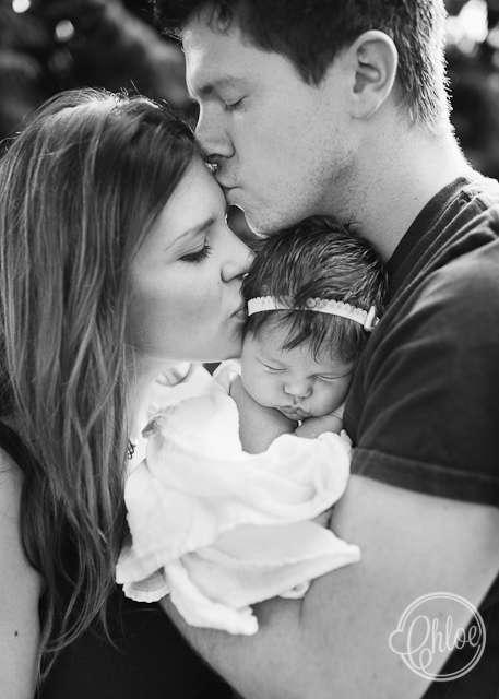 صور عائلة مكونة من اب وام وابن - صور رومانسية للعائلة