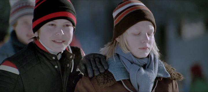 vlcsnap173311 Tomas Alfredson   Låt den rätte komma in aka Let the Right One In (2008)