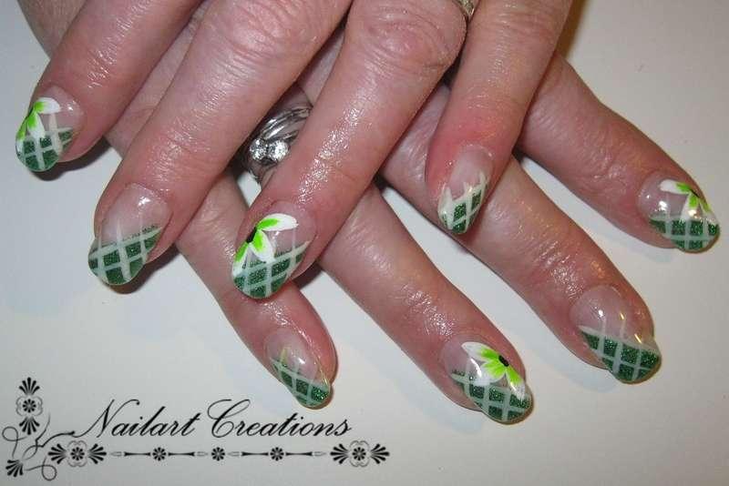 Nailart Creations Gelnagels Green Flowery Nailart