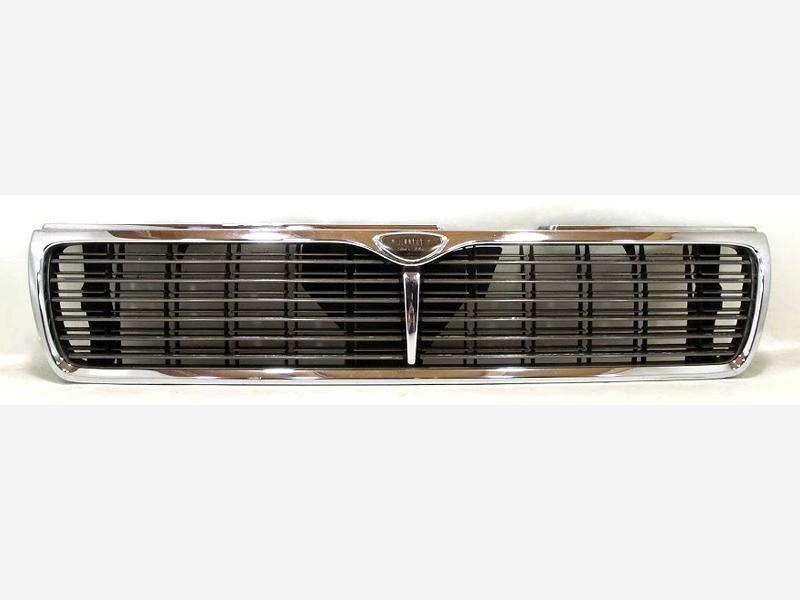 JDM Nissan Laurel C33 Kouki/facelift chrome front Grill