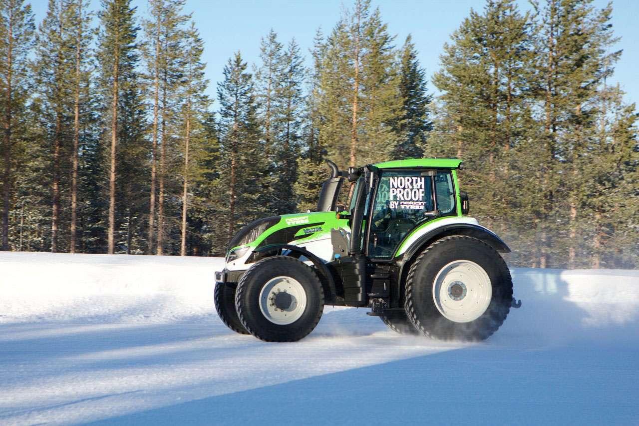 Juha Kankkunen Valtra T234 Nokian Tyres Tractor Guinness World Records Book Top Speed Record
