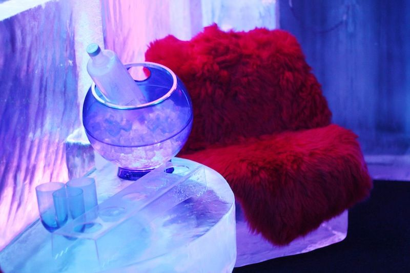 décor ice kube bar paris