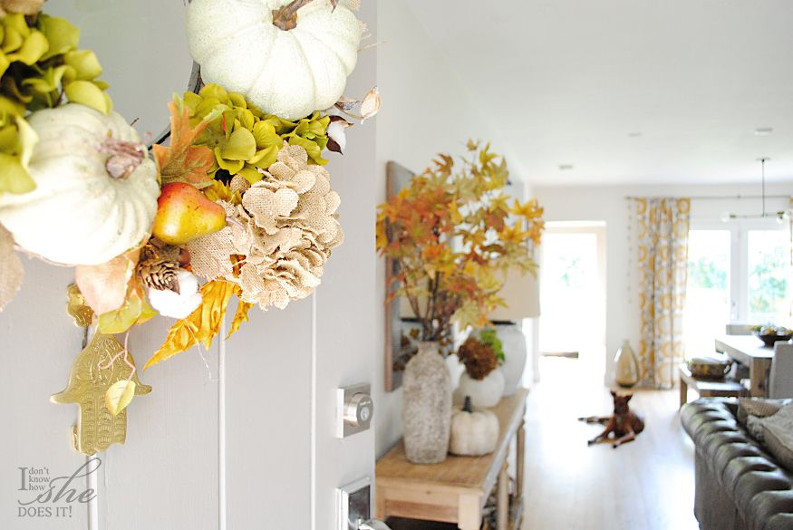 Autumn relax and comfort decor