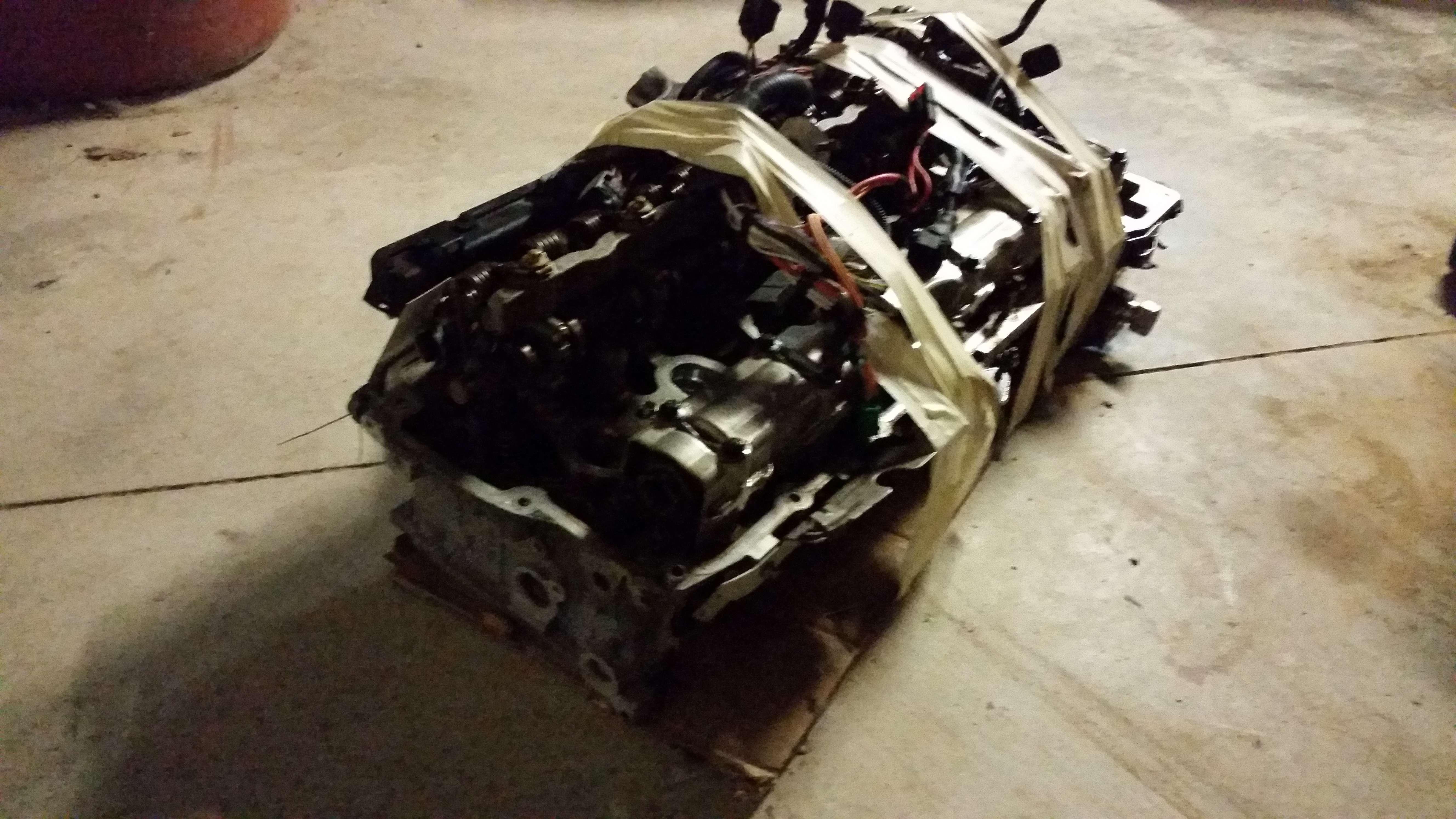 07 08 09 10 11 Bmw 328i X Drive N51 Engine Cylinder Head 3
