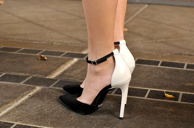 schutz heels
