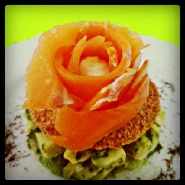 http://imageshack.us/a/img707/1213/foodreporter176.jpg