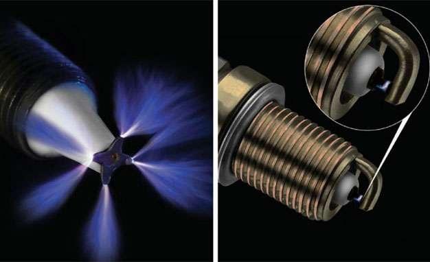 ACIS ignitor tip vs. traditional spark plug