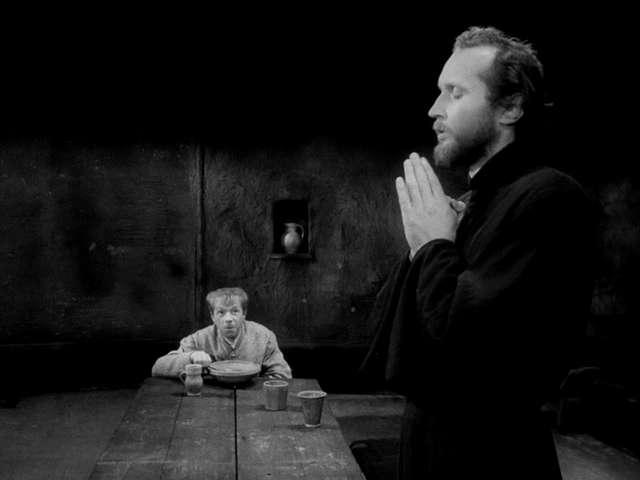 vlcsnap2011050608h43m24 Jerzy Kawalerowicz   Matka Joanna od aniolów AKA Mother Joan of the Angels (1961)