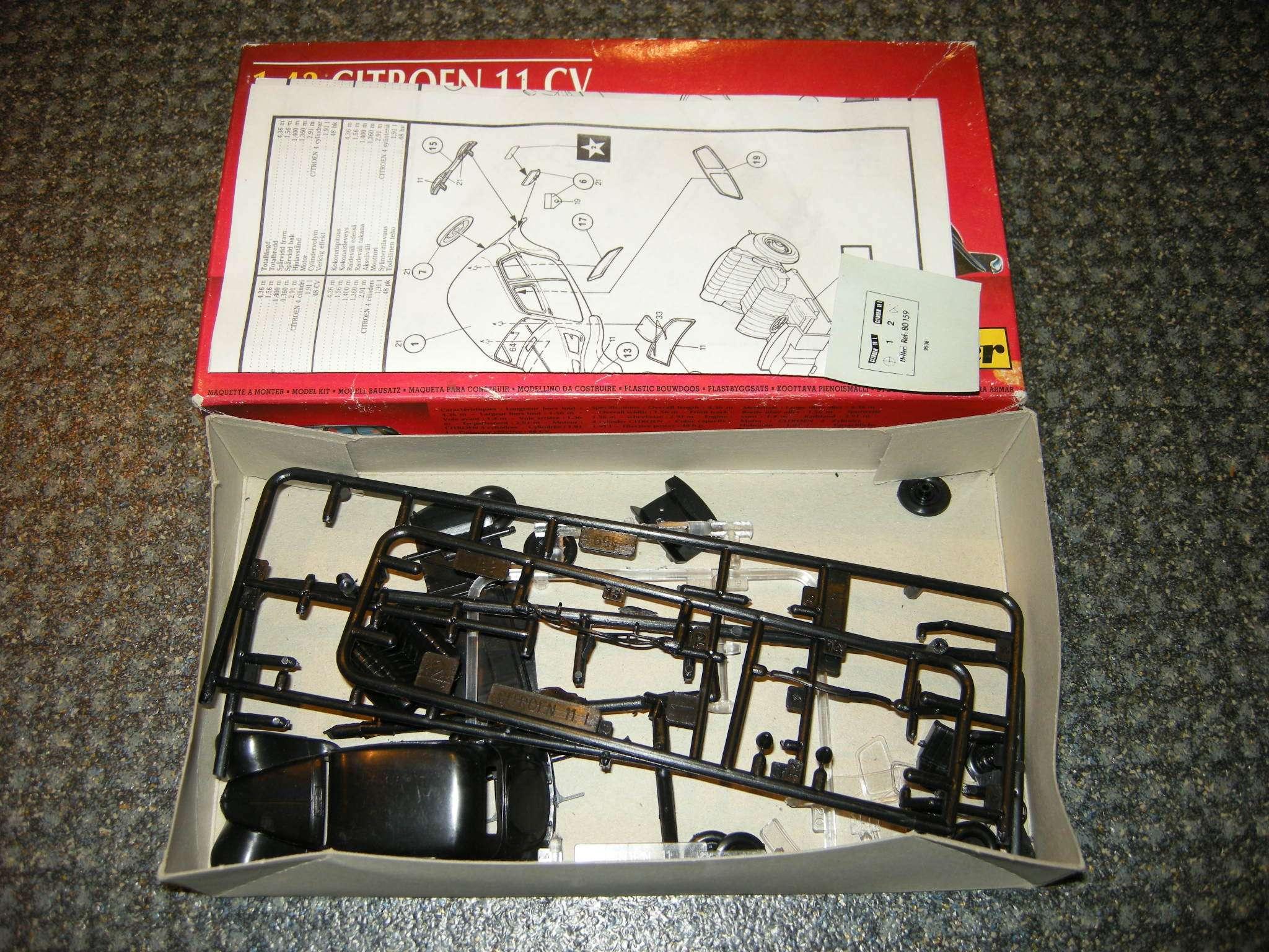maquette ancienne heller voiture citroen 11cv ref 80159 ech1 43 vintage models. Black Bedroom Furniture Sets. Home Design Ideas