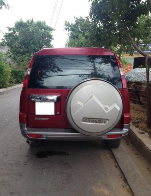 Ban xe Ford Everest Doi 2008 Mau do Xe con rat moi va dep