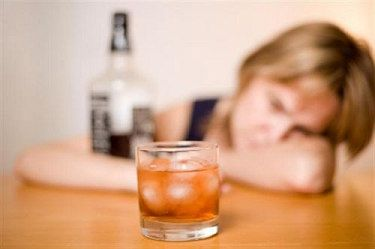Drankoreksiya(drunkorexia) alkolle zayıflama