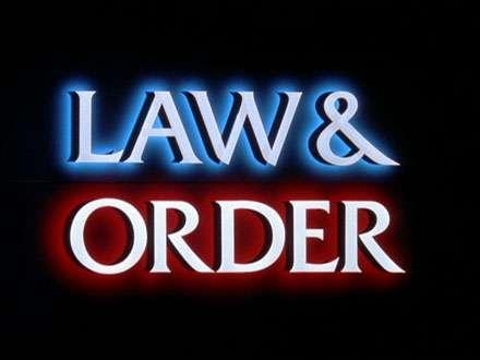 Law & Order - I due volti della giustizia Stagione 5 [1994\1995] (Completa) SatRip-MP3-ITA