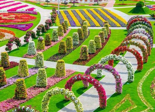 44206678 O maior jardim do Mundo   o jardim de milagre de Dubai