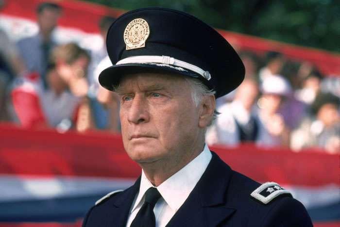 George Gaynes - Cmdt. Eric Lassard - Police Academy