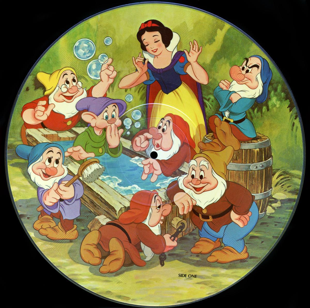 Snow White & The Seven Dwarfs *RARE* ORIGINAL DISNEY