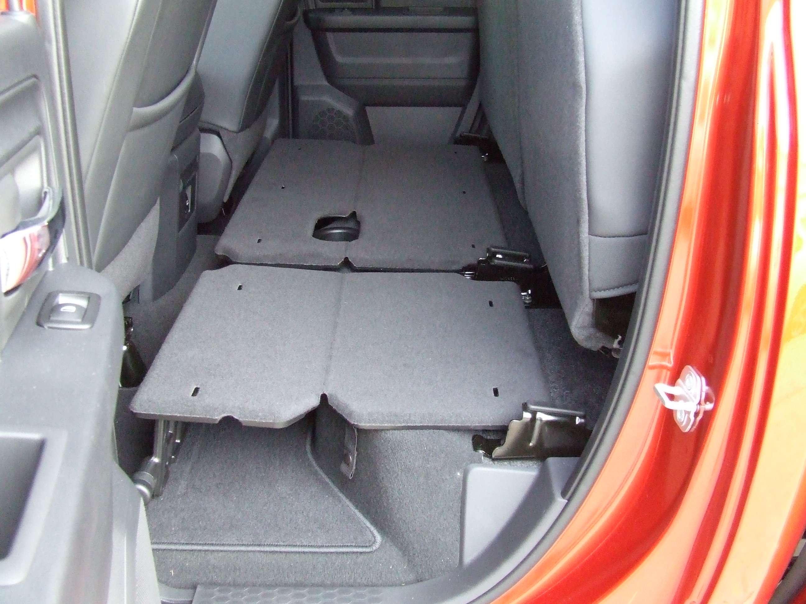 Mod 2014 Fold Flat Floor Installed In A 2012 Dodge Ram