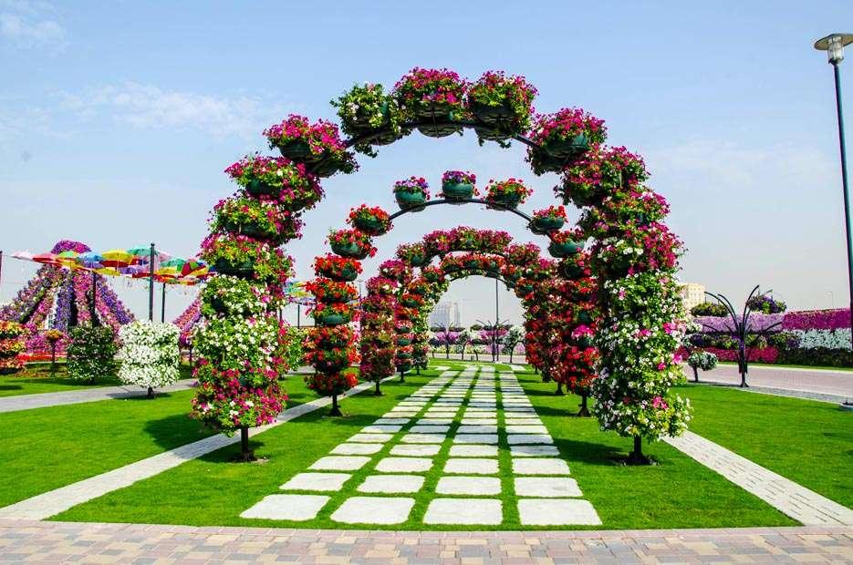 64066996 O maior jardim do Mundo   o jardim de milagre de Dubai