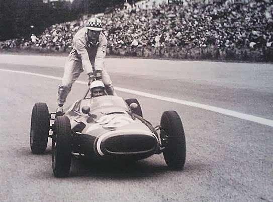 GP da Bélgica de 1961: o francês Maurice Bienvenu Jean Paul Trintignant e o britânico Innes Ireland