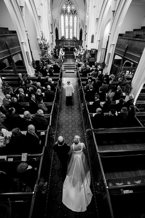 Worcestershire wedding bride arrival