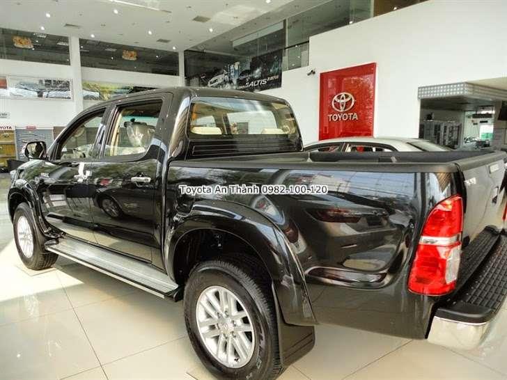 Toyota Hilux 2015 Sang tao khong ngung tu nha thiet ke