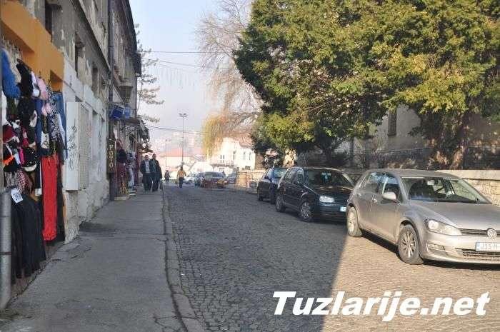 Tuzlarije - gradska ulica