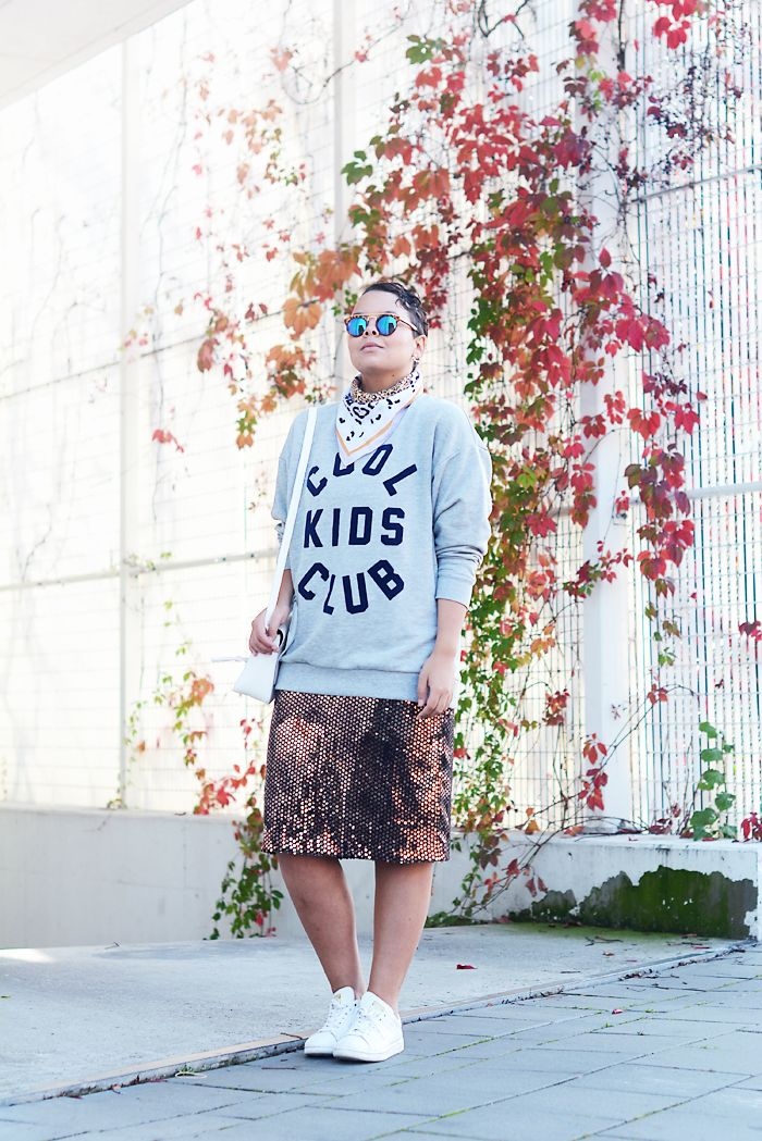 Cool Kids Club grey sweater, mirrored sunglasses, sequin skirt, stan smith sneakers - justlikesushi.com