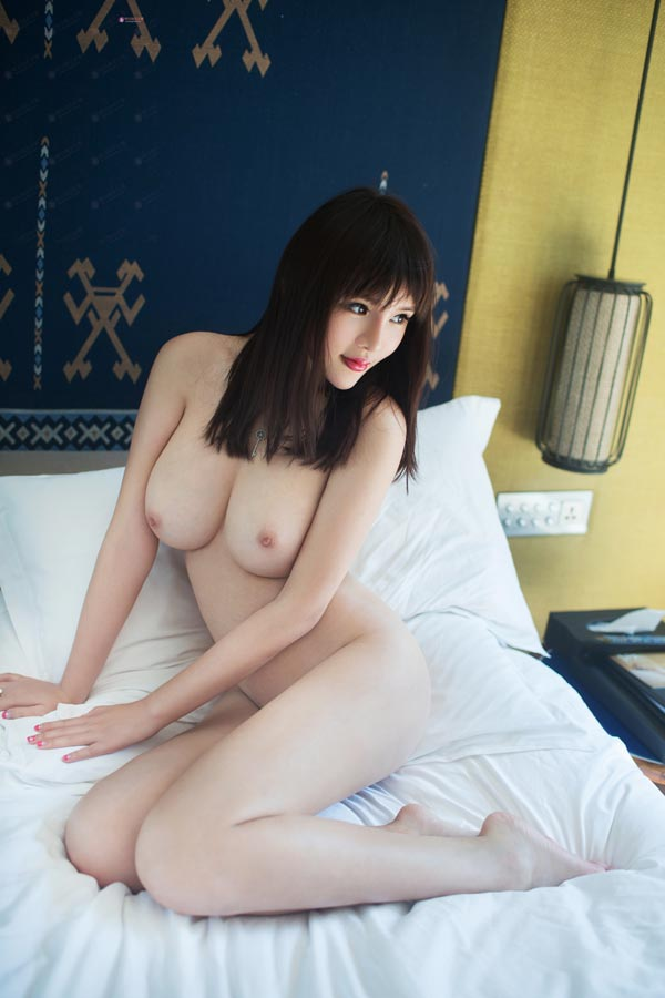 Hot Asian Babes Wang YiMeng 王依萌
