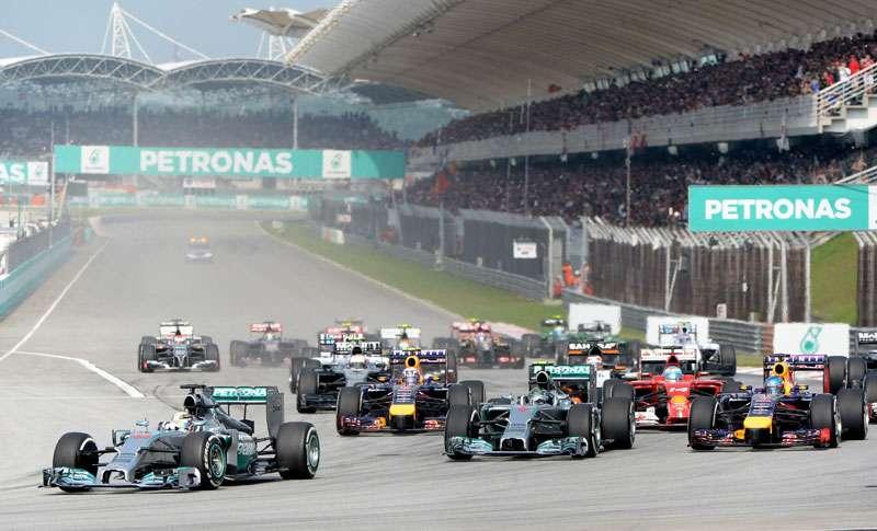 F1 2014 Malaysia Race Start