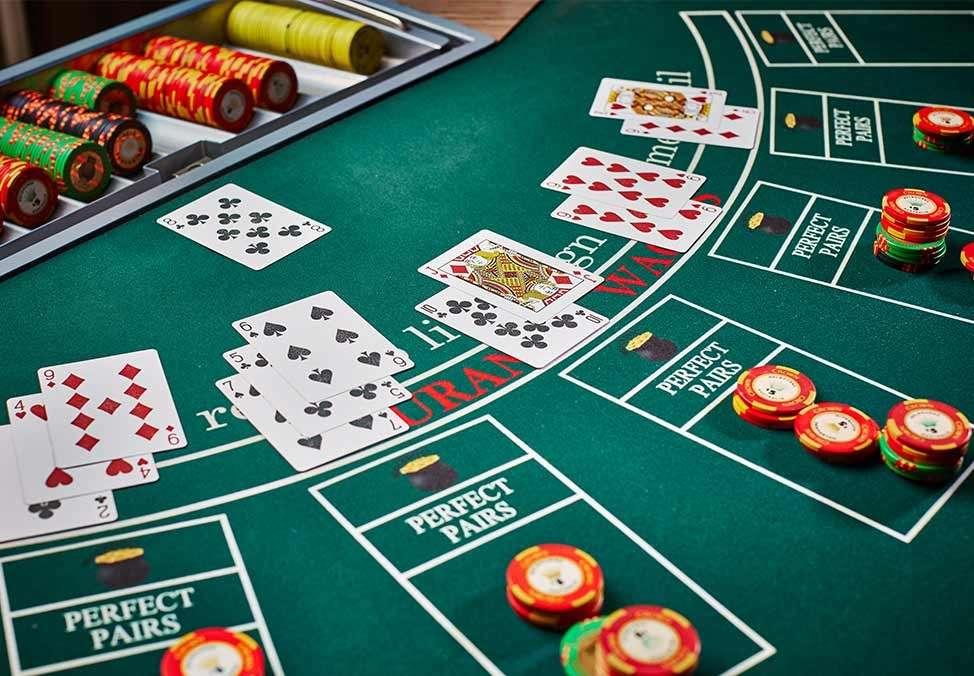 Siêu phẩm game bài Blackjack cực hay đã mở cửa, game thủ còn chờ gì mà không chơi