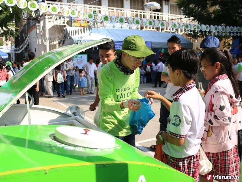 Triển khai chiến dịch thu gom rác thải điện tử tại nhà